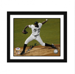 Dontrelle-Willis-Florida-Marlins-Hand-Signed-Photo